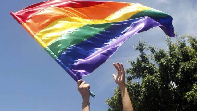 """Alemania prohibirá por ley las """"terapias de conversión"""" sexual para personas LGTB"""